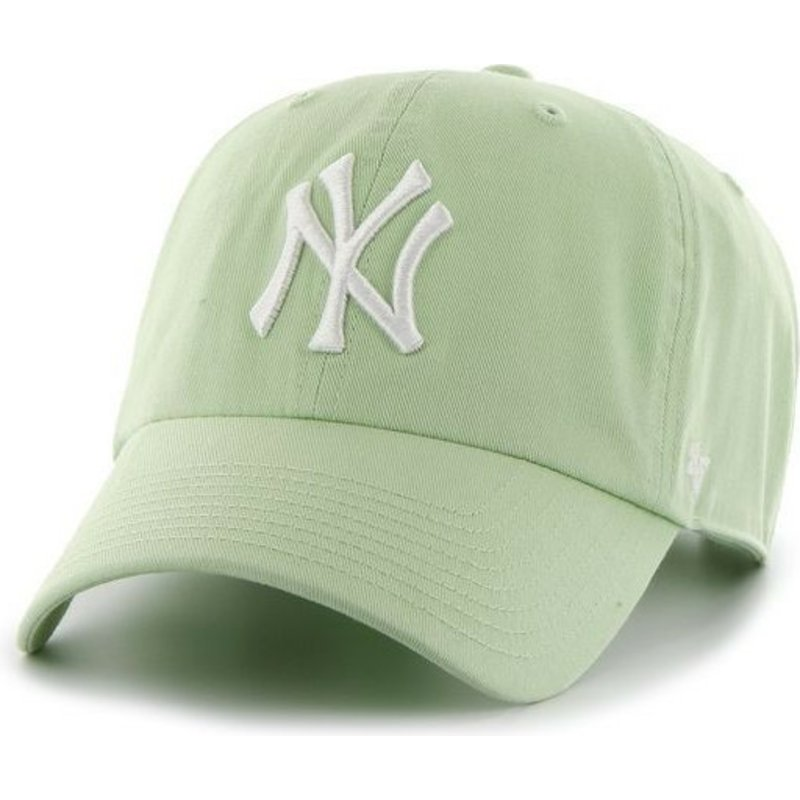 casquette-courbee-verte-claire-avec-logo-blanc-new-york-yankees-mlb-clean-up-47-brand