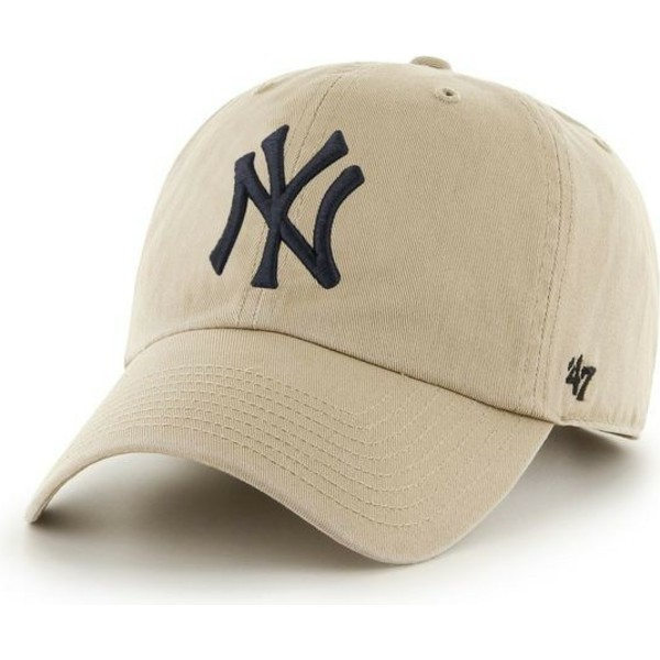 casquette-courbee-beige-avec-logo-noir-new-york-yankees-mlb-clean-up-47-brand