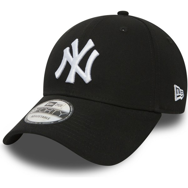 casquette-courbee-noire-ajustable-9forty-essential-new-york-yankees-mlb-new-era