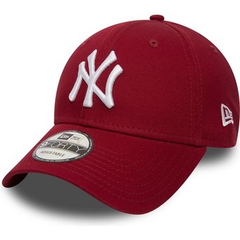 Casquette courbée rouge cardenal ajustable 9FORTY Essential New York Yankees MLB New Era