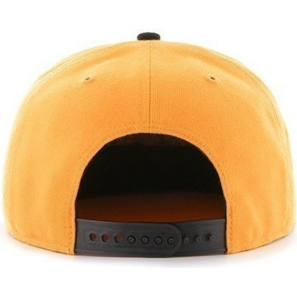 casquette-plate-jaune-snapback-unie-avec-logo-leteral-mlb-pittsburgh-pirates-47-brand