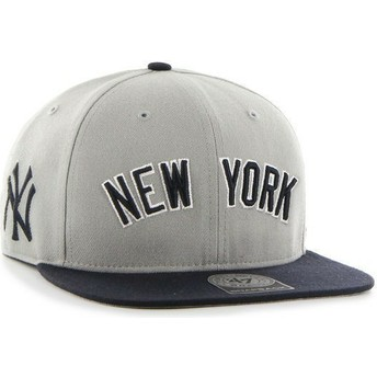 Casquette plate grise snapback avec logo lateral MLB NewYork Yankees 47 Brand