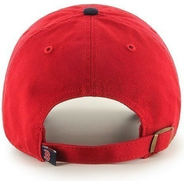 casquette-a-visiere-courbee-rouge-avec-visiere-noire-et-logo-frontal-mlb-boston-red-sox-47-brand
